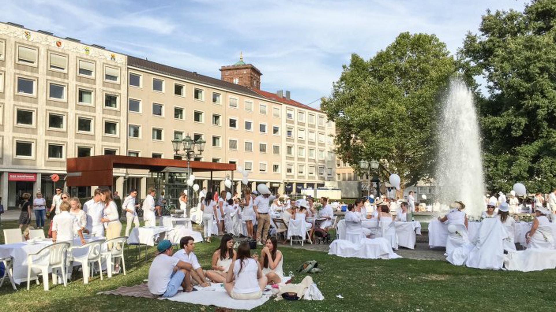 2016 wurde auf dem Friedrichsplatz diniert.