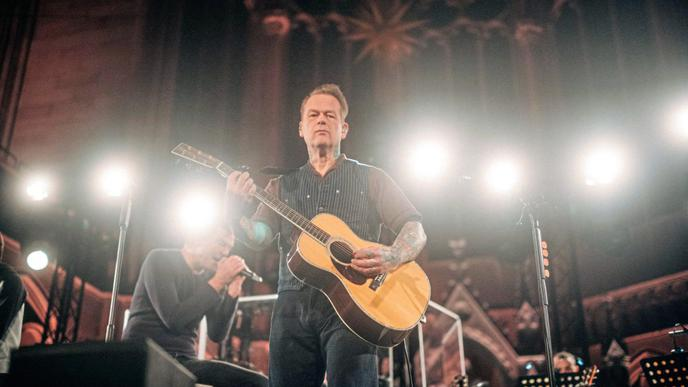 """Gitarrist Andreas """"Kuddel"""" von Holst."""