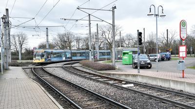 Geradeaus anstatt Abbiegen: Für die Stadtbahnlinie S2 existierten schon in den 90er Jahren Pläne zur Verlängerung bis nach Durmersheim. Dort fehlt aber das Geld, ein Projekt wie dieses ohne ausreichend Förderung zu realisieren.