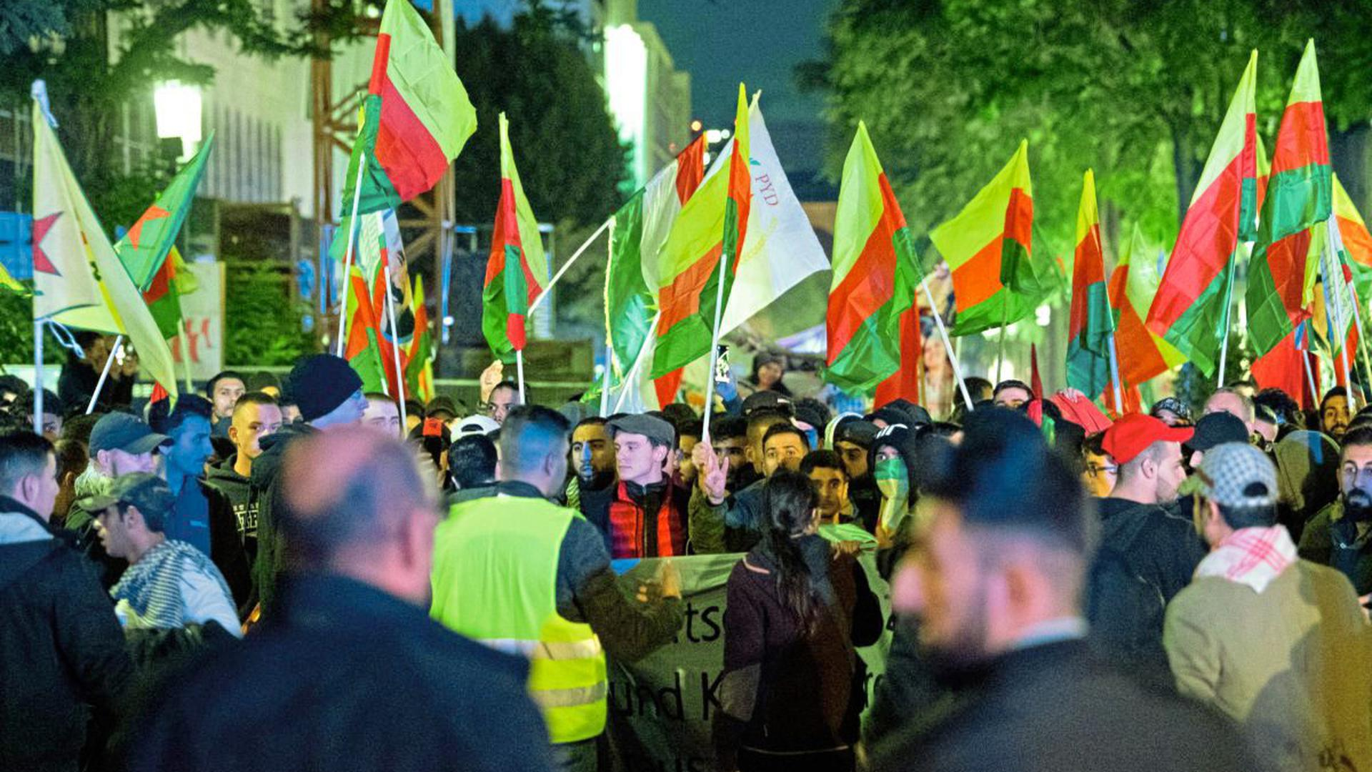 Kurden-Demo in Stuttgart
