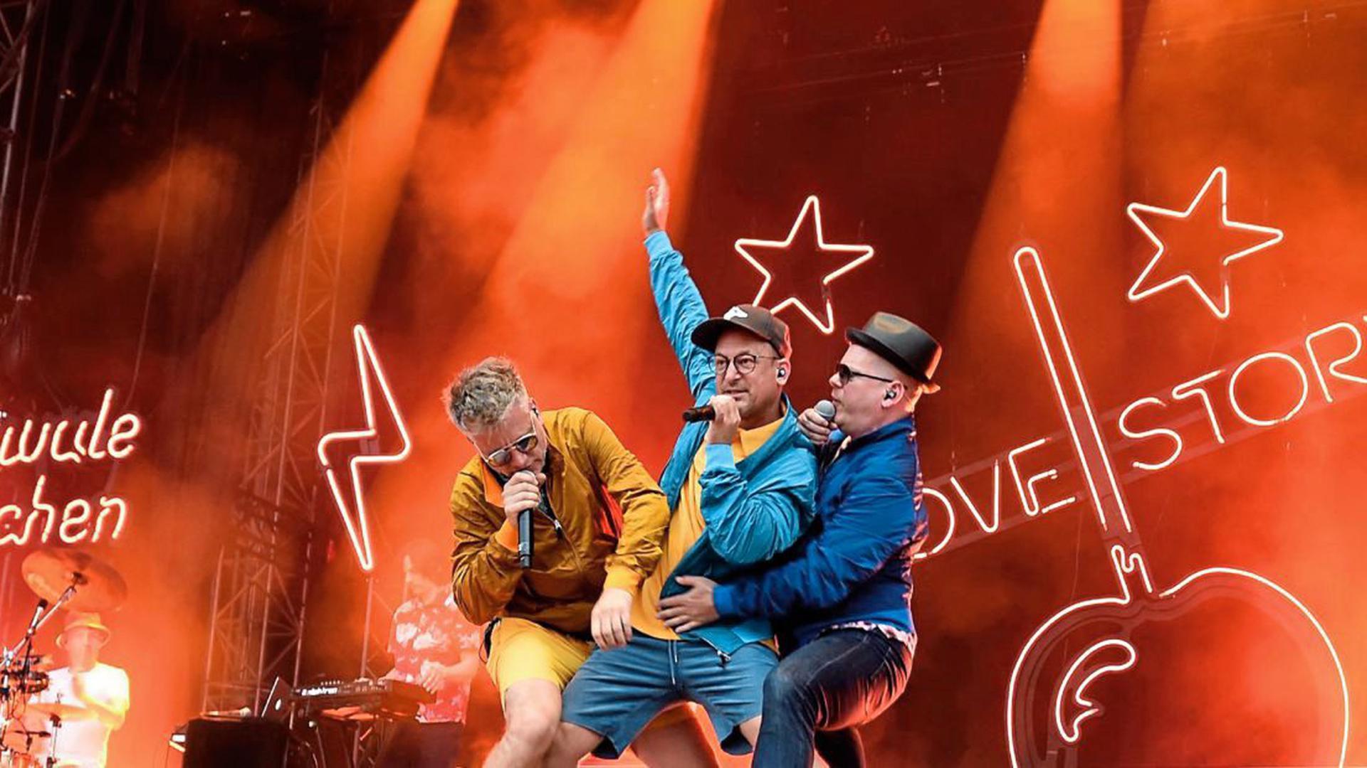 """Die drei Jungs von """"Fettes Brot"""" rocken auch am Sonntag beim """"Fest"""" in Karlsruhe."""