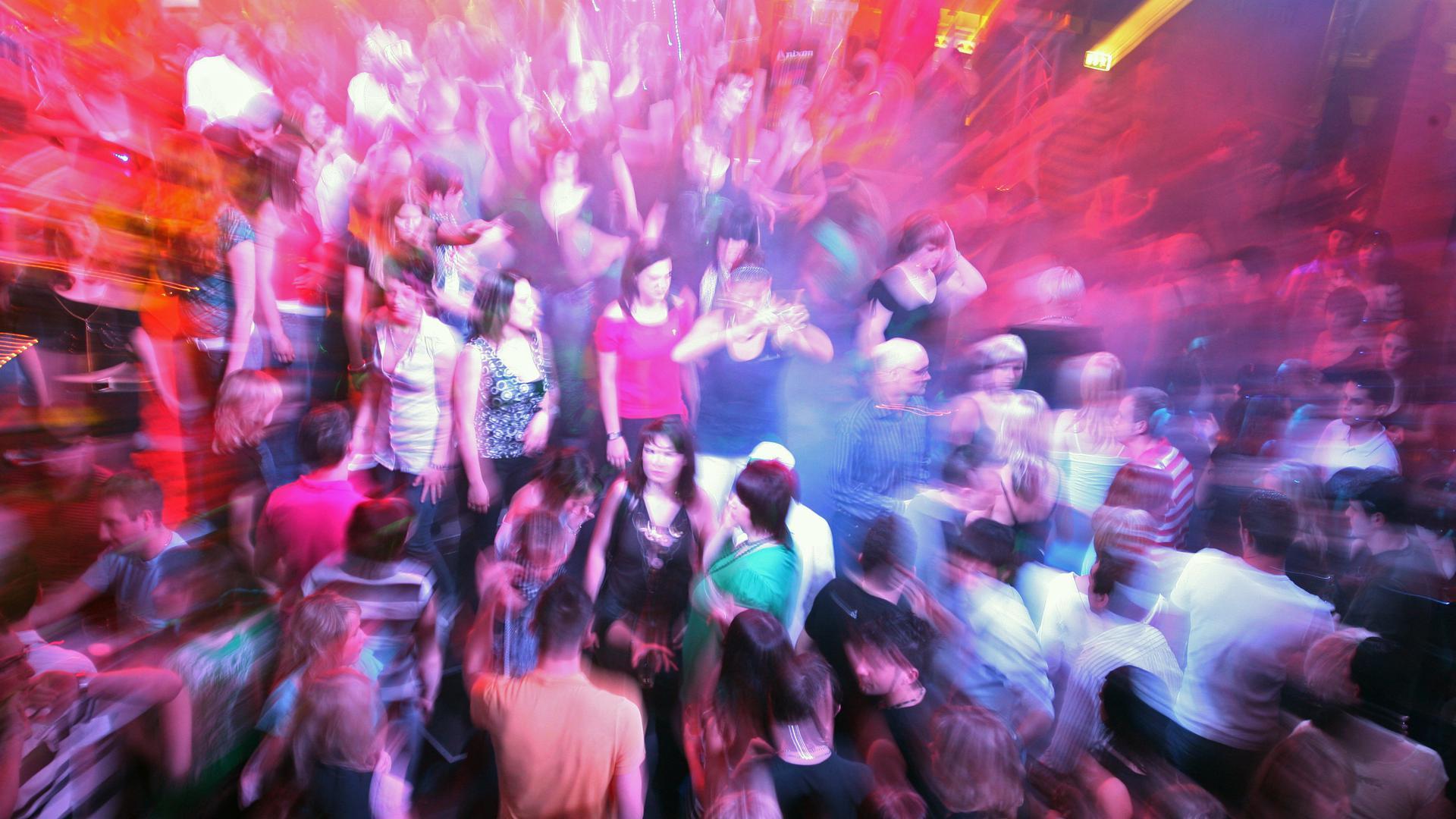 Keine Perspektive: Ausgelassene Partys gibt es in den Karlsruher Clubs weiterhin nicht, auch wenn die neue Corona-Verordnung zumindest in der Theorie eine Öffnungsmöglichkeit schafft. (Archivfoto)
