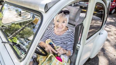 Lieselotte Hesse aus Karlsruhe leidet an Osteoporose.