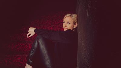 Porträt Sängerin Sandie Wollasch