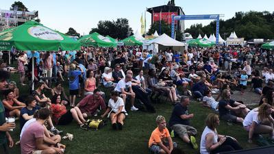 """Gut besucht war das """"Vor-Fest"""" auch am Montagabend. Die Veranstalter ziehen zur Halbzeit ein positives Fazit."""