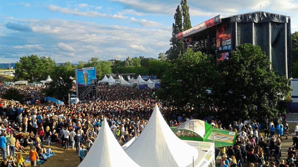"""""""Das Fest"""" in der Günter-Klotz-Anlage lockt Jahr für Jahr viele Festival-Fans an."""