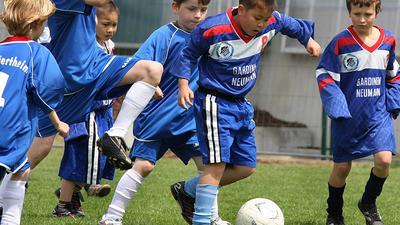 Fußballtunier der städtischen Kinderhorte beim SVK Beiertheim, Spiel: Oberreut gegen Beiertheim/Grünwinkel