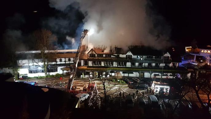 """Die """"Schwarzwaldstube"""" stand mitten in der Nacht in Flammen."""