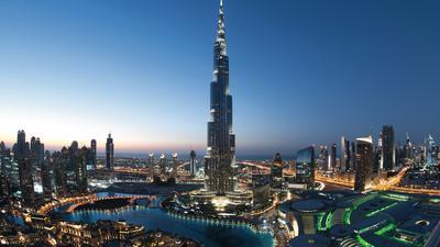 Zum Themendienst-Bericht von Philipp Laage vom 26. Januar 2017: Landgang-Klassiker in Dubai: Fahrt auf die Aussichtsplattform des Burj Khalifa.