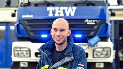 """Thomas Krug ist Zugführer des THW in Karlsruhe. Er sagt: """"Ohne ein gutes Team geht gar nichts""""."""
