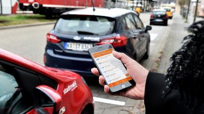 14.04.2021 Carsharing.Hier Stadtmobil in Ettlingen am Bahnhof