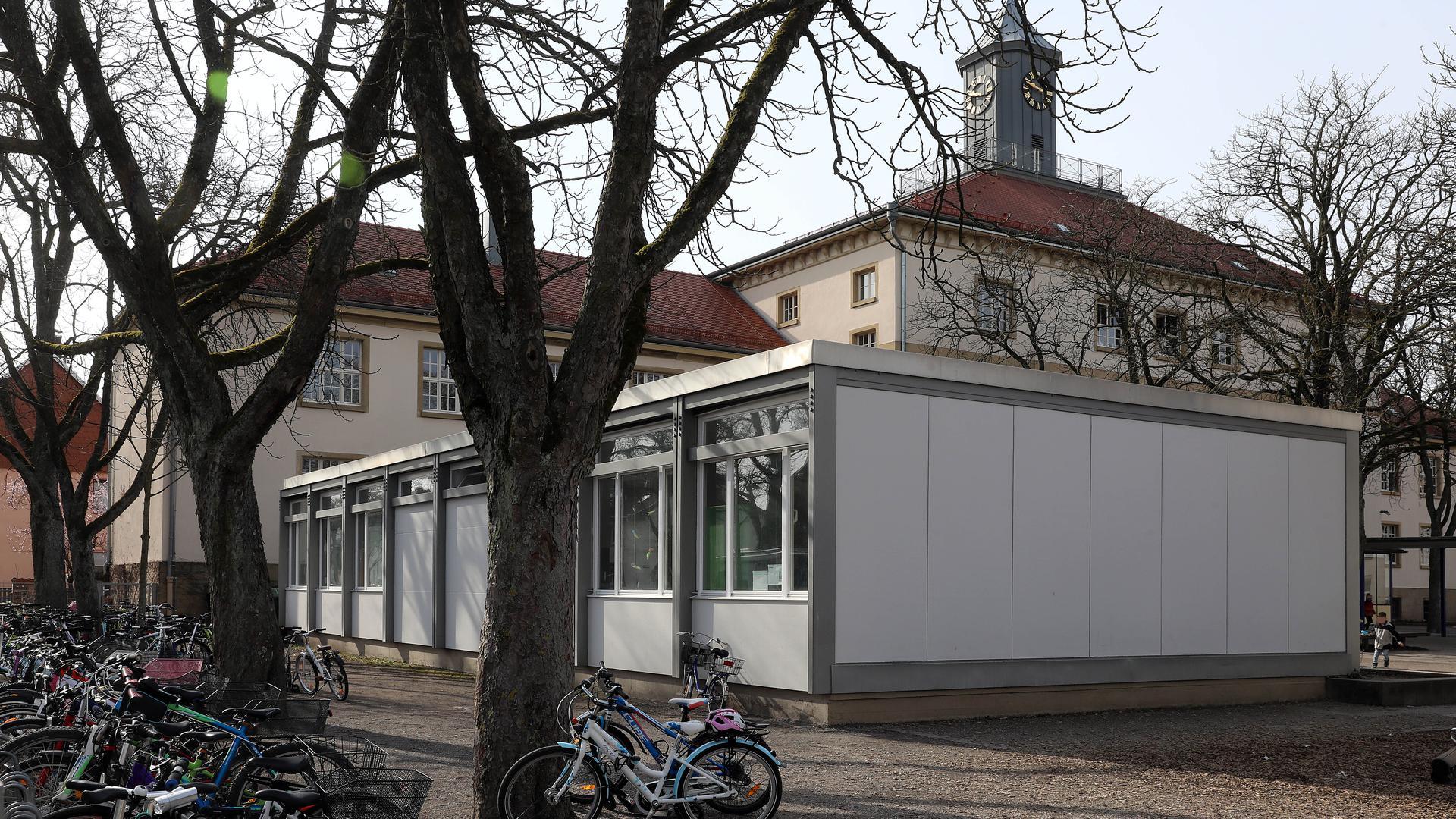Schülerhort in Knielingen in der Schulstraße 3.