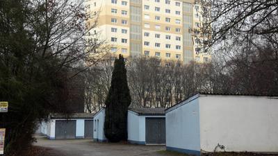 © Jodo-Foto /  Joerg  Donecker// 7.02.2019 Garagenhof Kolberger Strasse / Waldstadt,                                                                             -Copyright - Jodo-Foto /  Joerg  Donecker Sonnenbergstr.4 ?D-76228 KARLSRUHE TEL:  0049 (0) 721-9473285?FAX:  0049 (0) 721 4903368 ?Mobil: 0049 (0) 172 7238737?E-Mail:  joerg.donecker@t-online.de?Sparkasse Karlsruhe  IBAN: DE12 6605 0101 0010 0395 50, BIC: KARSDE66XX?Steuernummer 34140/28360?Veroeffentlichung nur gegen Honorar nach MFM?zzgl. ges. Mwst.  , Belegexemplar?und Namensnennung. Es gelten meine AGB.?