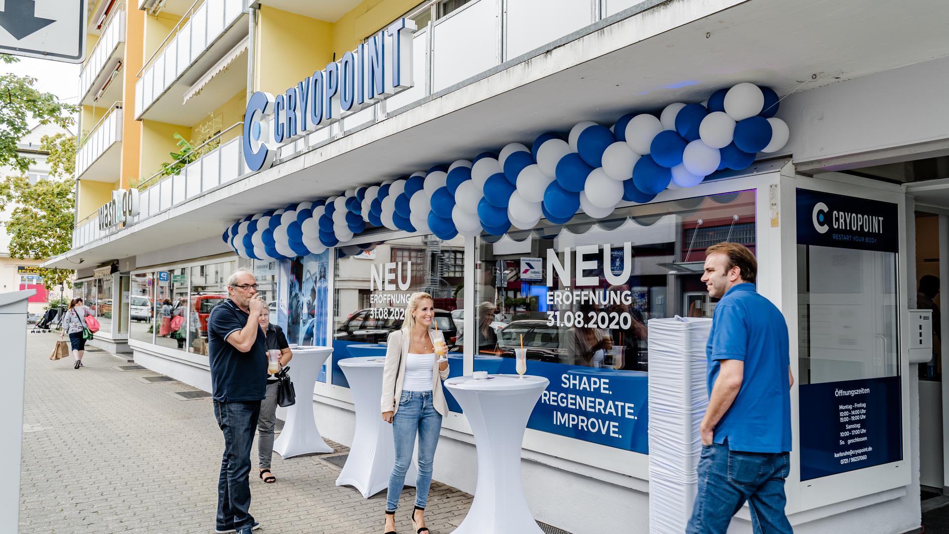 Die feierliche Eröffnung der Cryopoint-Filiale in der Sophienstraße war eine gute Gelegenheit, sich das Angebot und die Technik einmal aus nächster Nähe anzuschauen.
