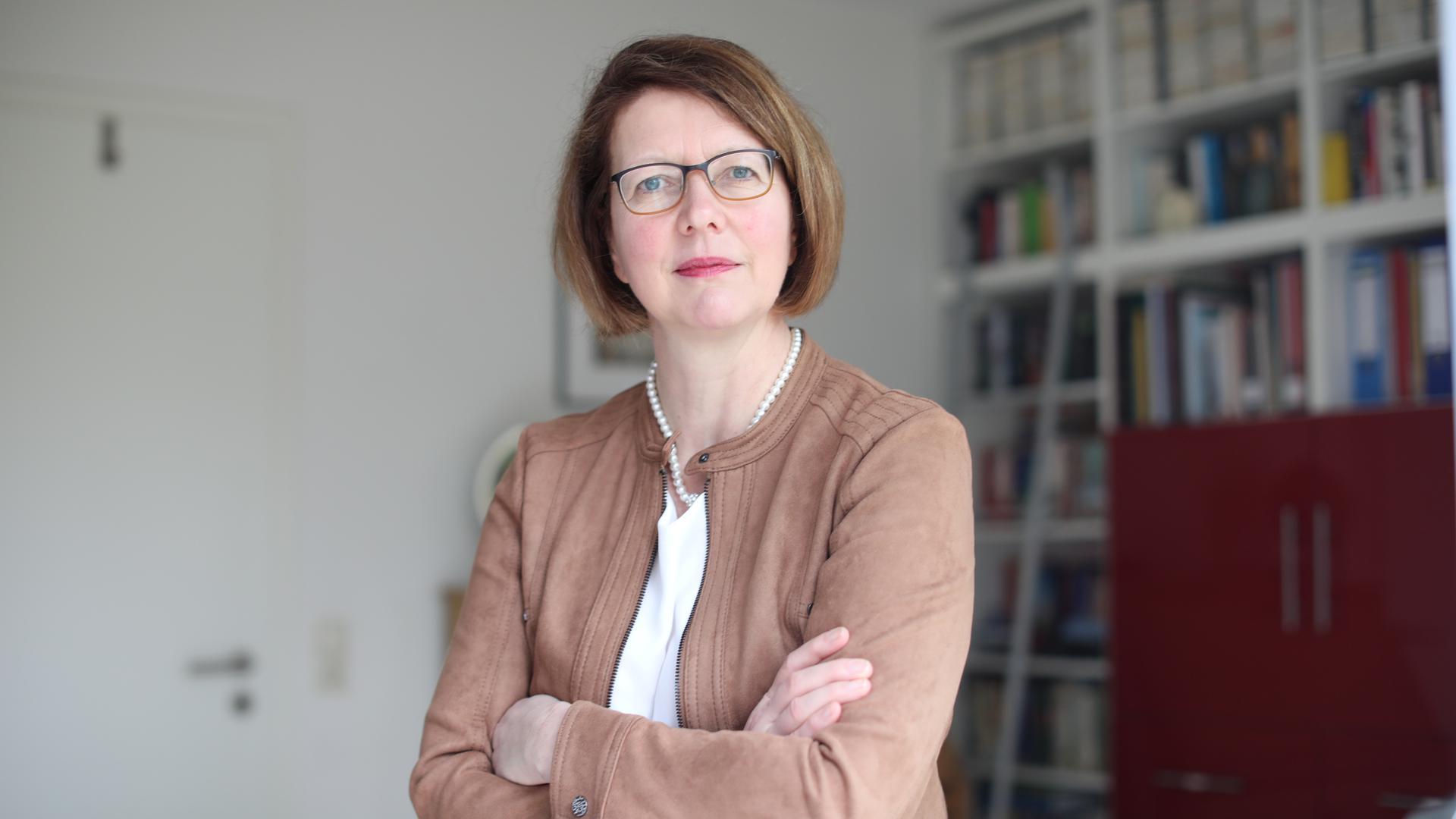 Professor Dr. Susanne Boll ist Professorin für Medieninformatik und Multimediasysteme im Fachbereich Informatik an der Universität Oldenburg. Ihr Forschungsgebiet liegt an der Schnittstelle zwischen Mensch-Computer-Interaktion und Medieninformatik.