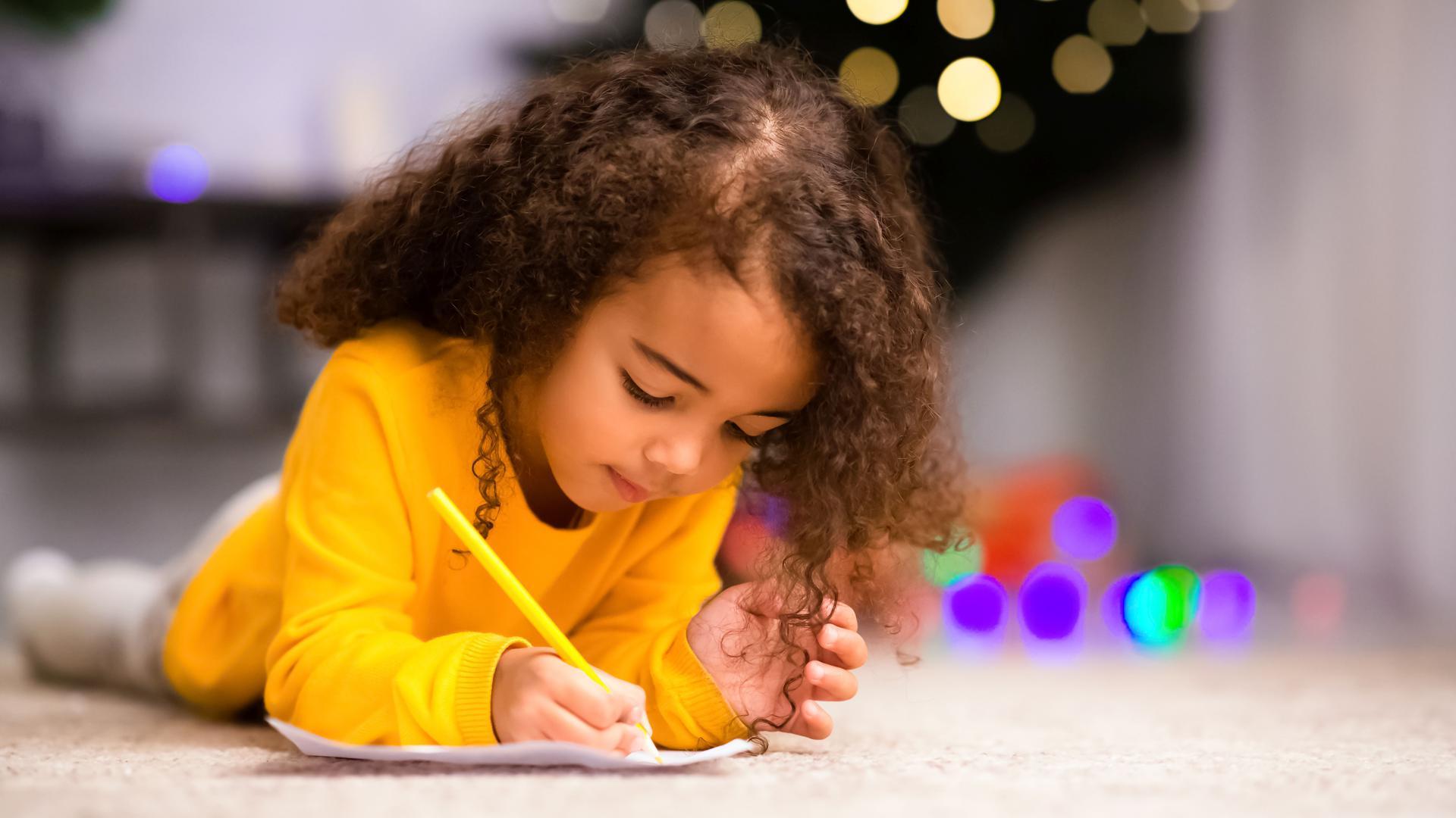 """""""Ich wünsche mir zu Weihnachten ..."""" Das steht in vielen Briefen, die im Advent geschrieben werden. Aber nicht nur Christkind und Weihnachtsmann bekommen Post kurz vorm Fest."""