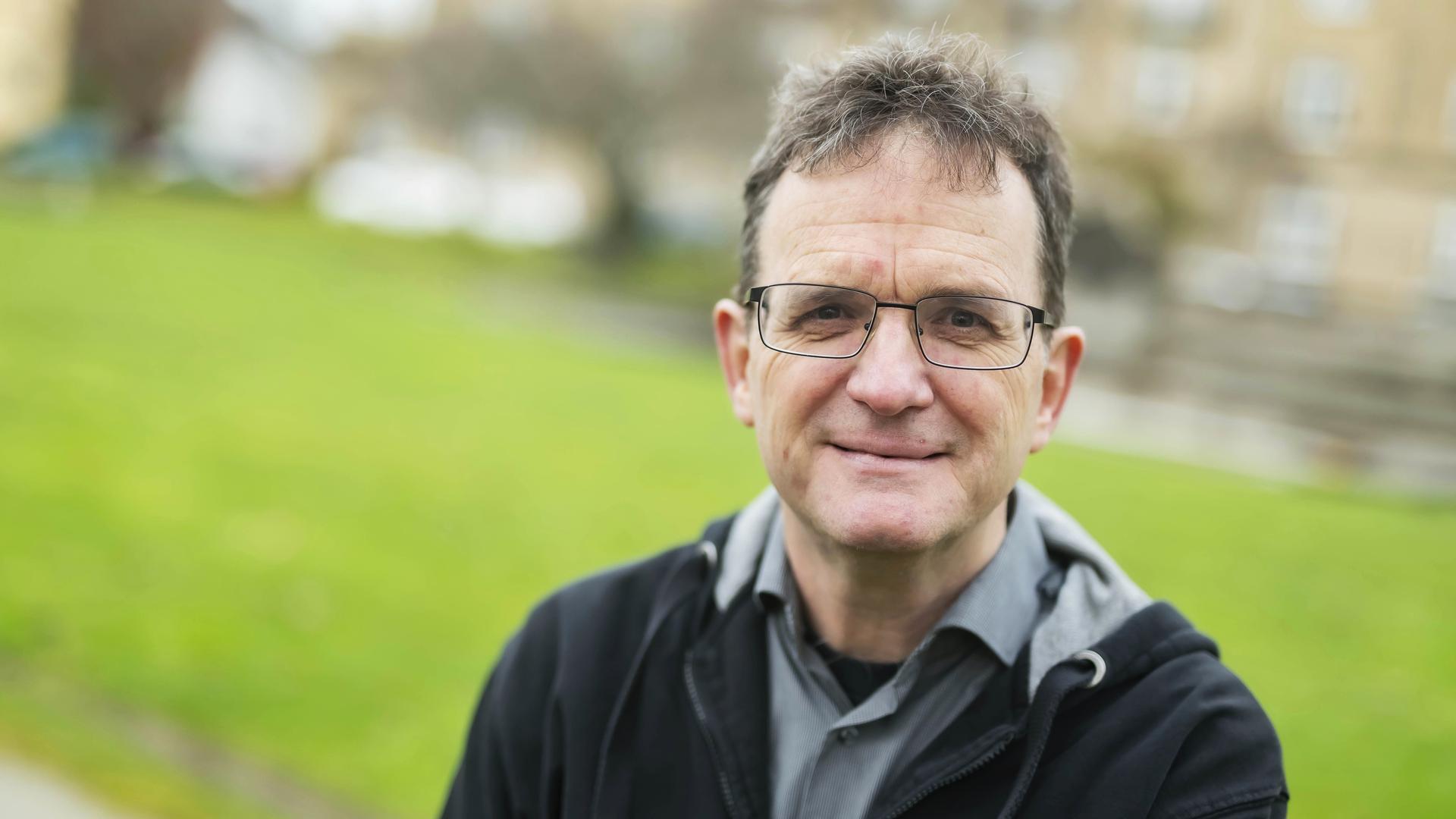 """Seit über 20 Jahren Chefredakteur von """"Perry Rhodan"""": Klaus N. Frick lebt in Karlsruhe und leitet von Rastatt aus die Geschicke des Weltraumhelden."""