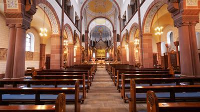 Bonifatiuskirche zum Thema Osterbaby