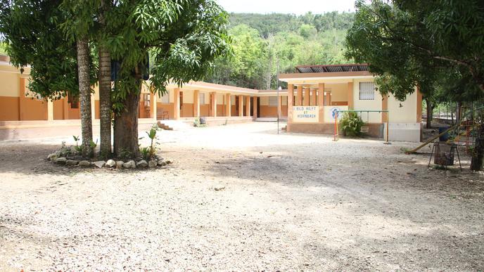 Derzeit können in der St. André-Schule in Fond-des-Blancs aus Platzgründen nur Kinder bis zur neunten Klasse unterrichtet werden. Das wird sich nach dem Ausbau ändern.