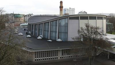 Die Schwarzwaldhalle in Karlsruhe.