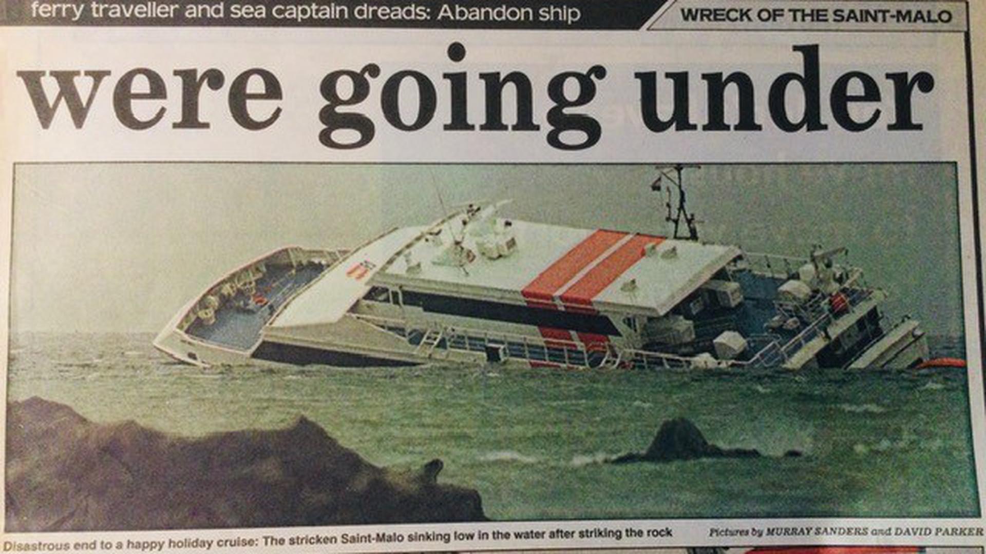 Gefährliche Überfahrt: Ein Zeitungsausschnitt erinnert an das schwere Bootsunglück, das die Familie Gallon bei den Kanalinseln erlebte.