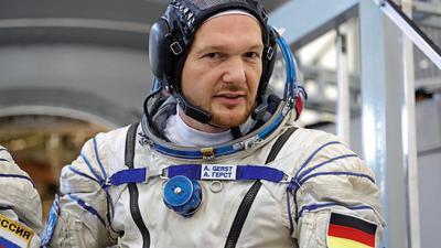Gerst im Raumanzug während eines Trainings im Jahr 2018.