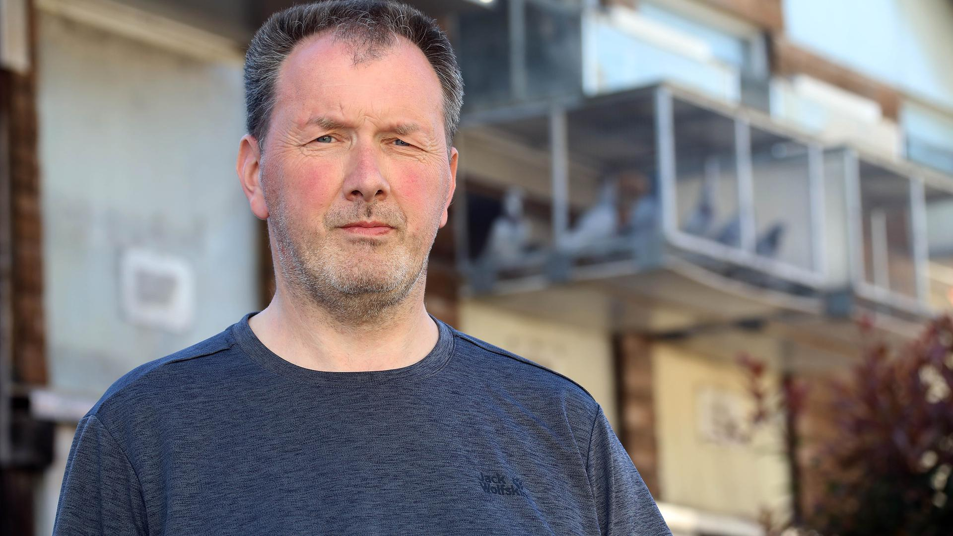 Mit Täubchen kennt sich der Karlsruher Brieftaubenzüchter Klaus Rachner aus. Die Tiere im Taubenschlag in Wolfartsweier sind wahre Leistungssportler.