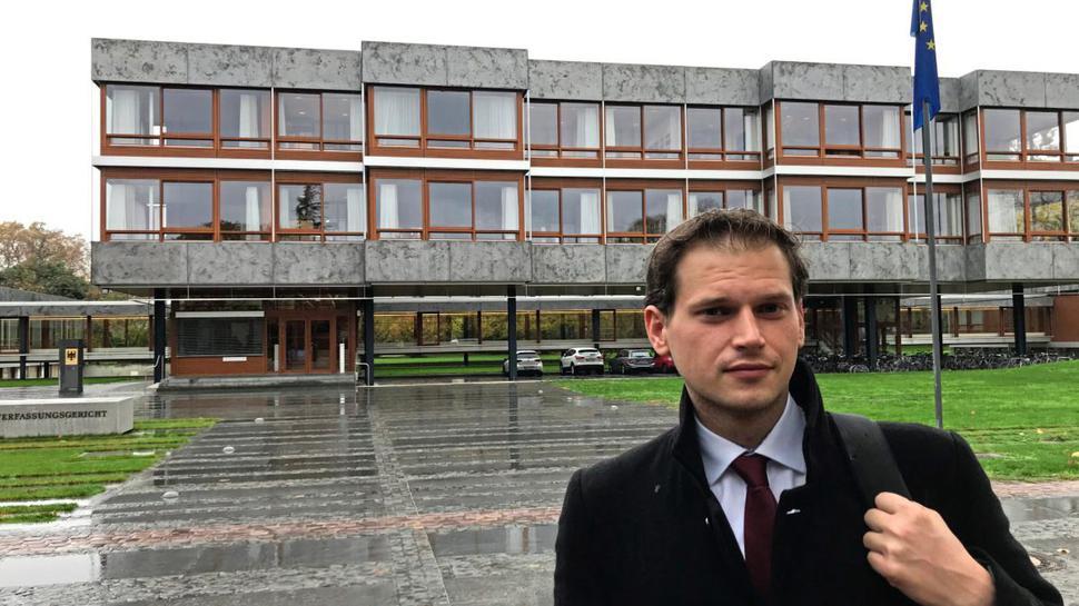Rechtsanwalt Max Malkus fordert eine Anpassung der Rechtsprechung, damit Containern kein Verbrechen mehr ist.