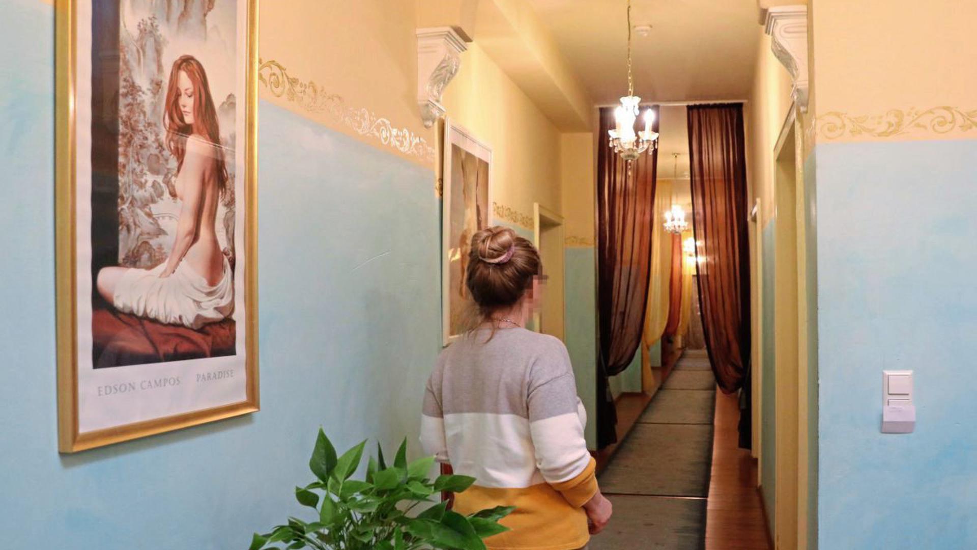 """Leeres Bordell: Bei """"Lauras Girls"""" herrscht seit Mitte März Stillstand. Die Betreiberin hat eine Petition für die schrittweise Wieder-Öffnung der Erotikbetriebe gestartet."""