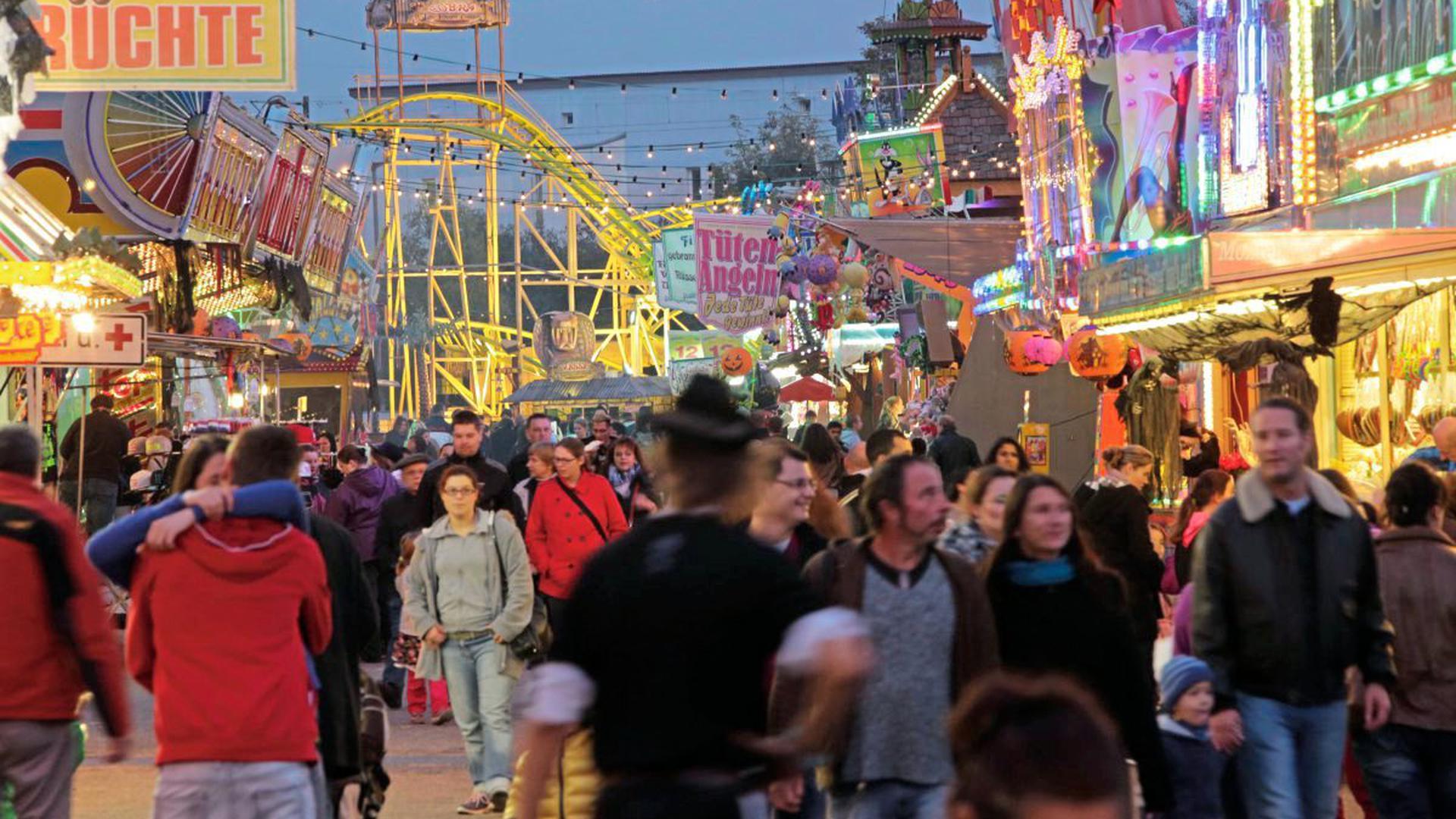 Ein Besuchermagnet ist die Herbstmess', die am 1. November auf dem Messplatz an der Durlacher Allee startet.