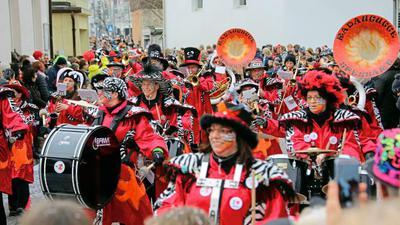 Am Sonntag geht der Grötzinger Narrensprung über die Bühne
