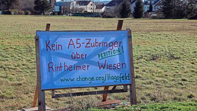 Der Widerstand gegen den Bau einer Straße auf der Grünfläche zwischen Hagsfeld und Rintheim wird größer.