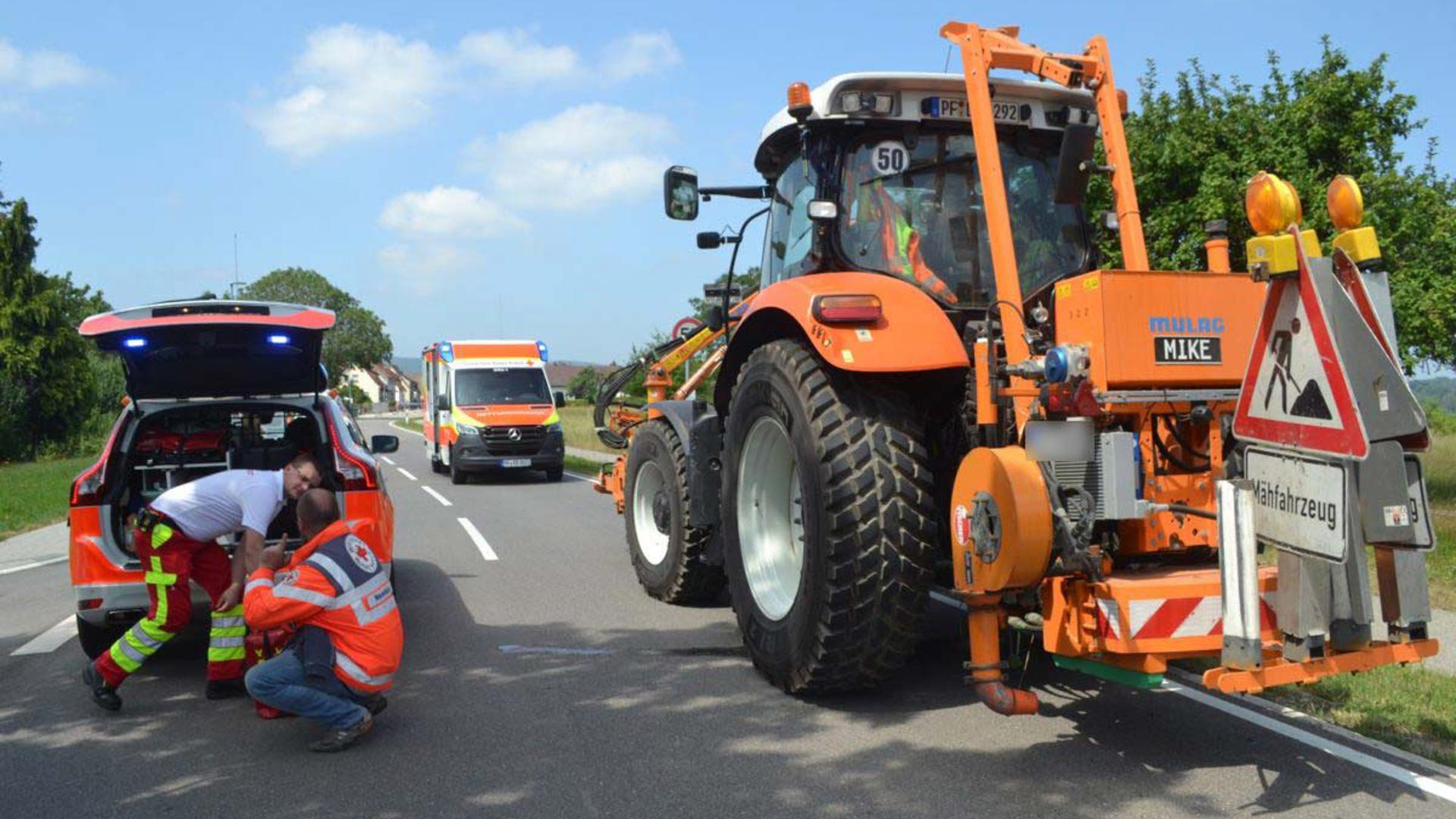 In Straubenhardt kam es am Dienstagvormittag zu einem Unfall mit einem Traktor und einem Fahrrad. Foto: Igor Myroshnichenko