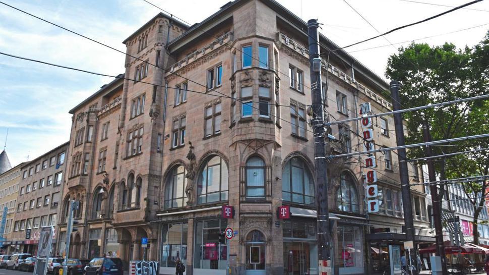 Das Moninger-Gebäude, in dem das Café Emaille zurzeit noch untergebracht ist, wird saniert.