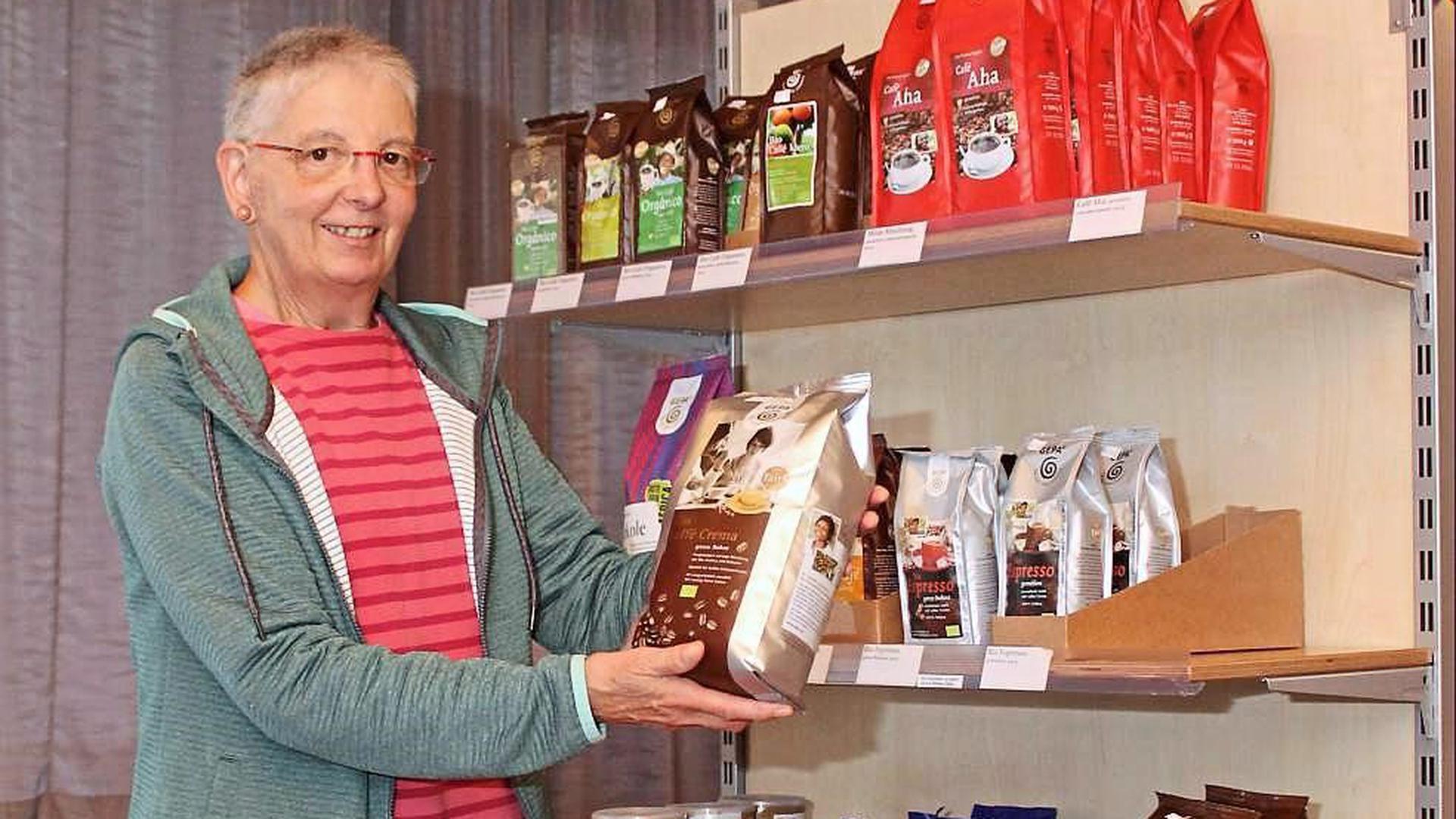 Teil der künftigen Fairtrade-Gemeinde Waldbronn ist der Eine-Welt-Laden, in dem Katharina Kronbach und Mitstreiter etwa Kaffee verkaufen.