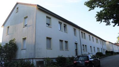 In die Jahre gekommen: Die Häuser in der Adolf-Kolping-Straße in Ettlingen müssen abgerissen werden.