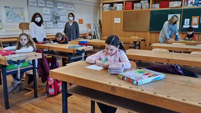 Notbetreuung statt Unterricht: Wie hier in der Geschwister-Scholl-Schule in Bruchhausen werden auch kommende Woche nur die Kinder kommen, deren Eltern sie nicht selbst betreuen können.