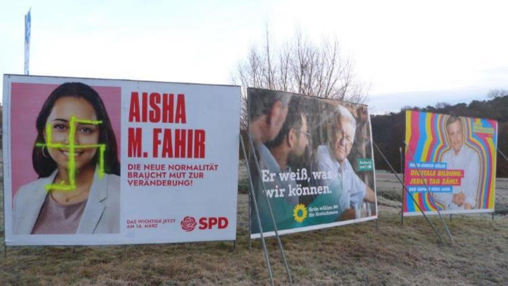 Verfassungsfeindliches Symbol: Ein Hakenkreuz prangt auf dem Wahlplakat von Aisha Fahir, Kandidatin der SPD aus dem Wahlkreis Ettlingen, in Karlsbad.