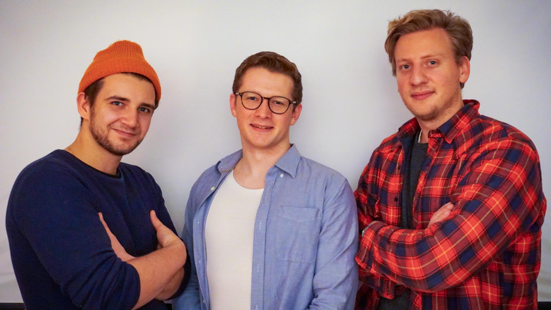 """Sammeln Spenden für Organisationen, die Gutes tun: Yanik, Henrik und Nils (von links) aus Ettlingen haben die Web-App """"Let's Have A Toast"""" entwickelt."""