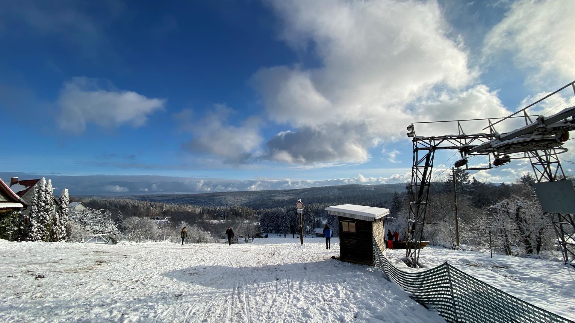 Skihang und Lift