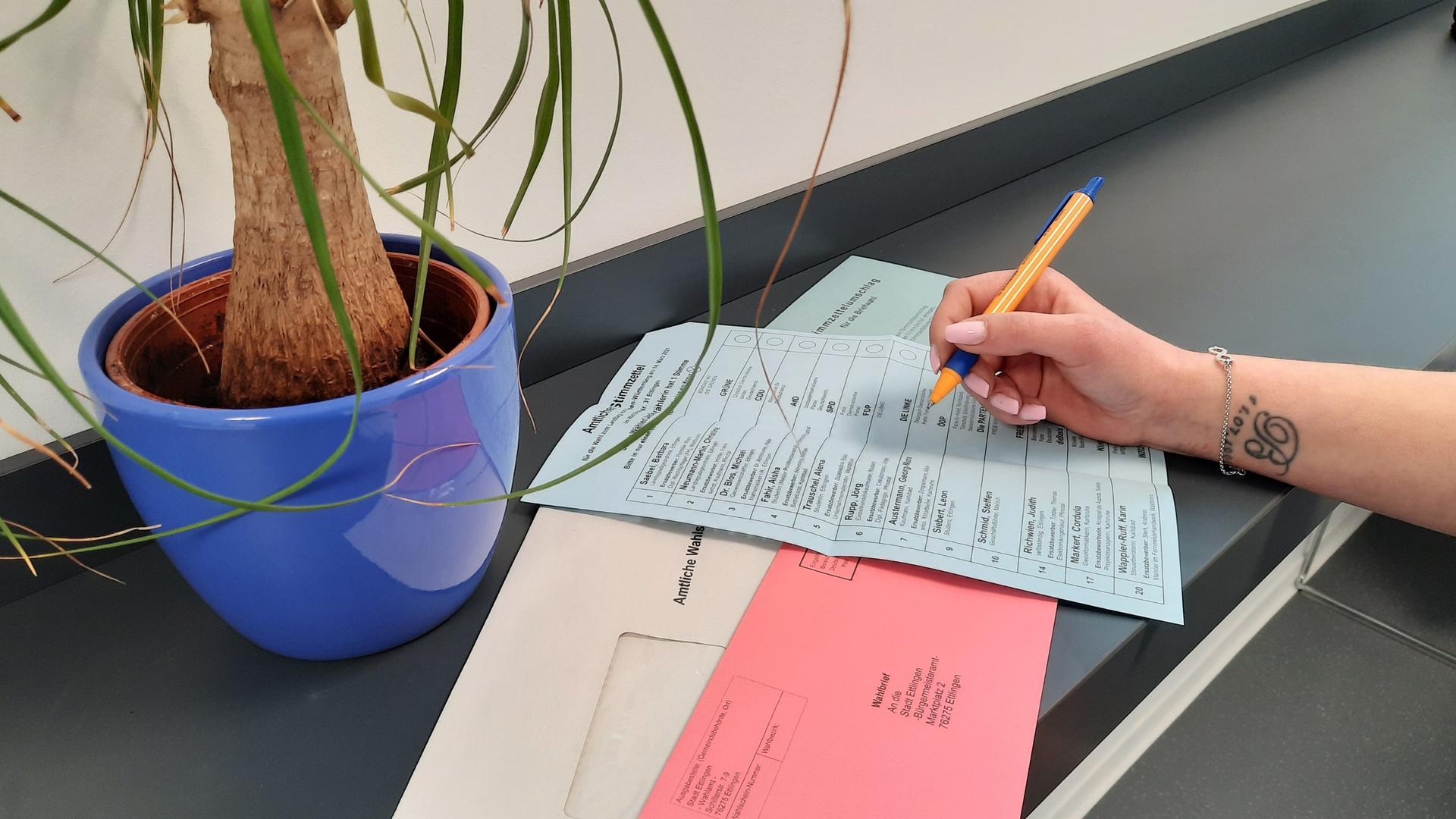 Stimmzettel für Landtagswahl in baden-Württemberg.