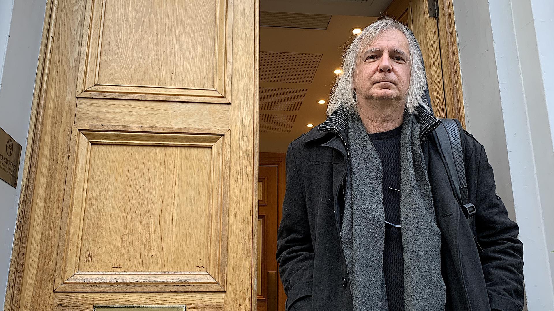 Volker Schäfer vor den Abbey Road Studios