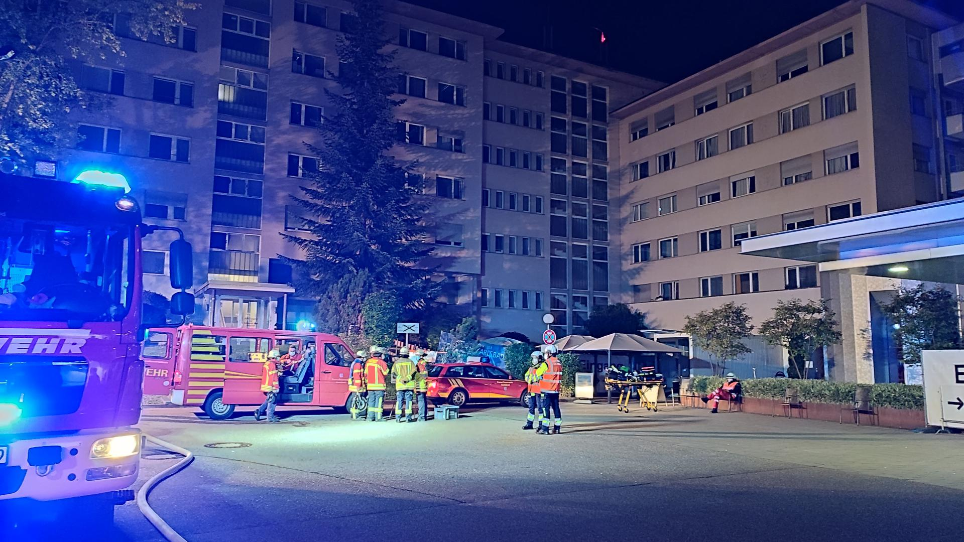Feuerwehreinsatz am SRH-Klinikum Karlsbad.