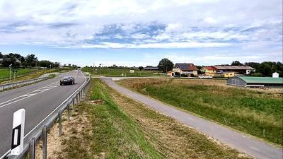 Landschaft + Straße