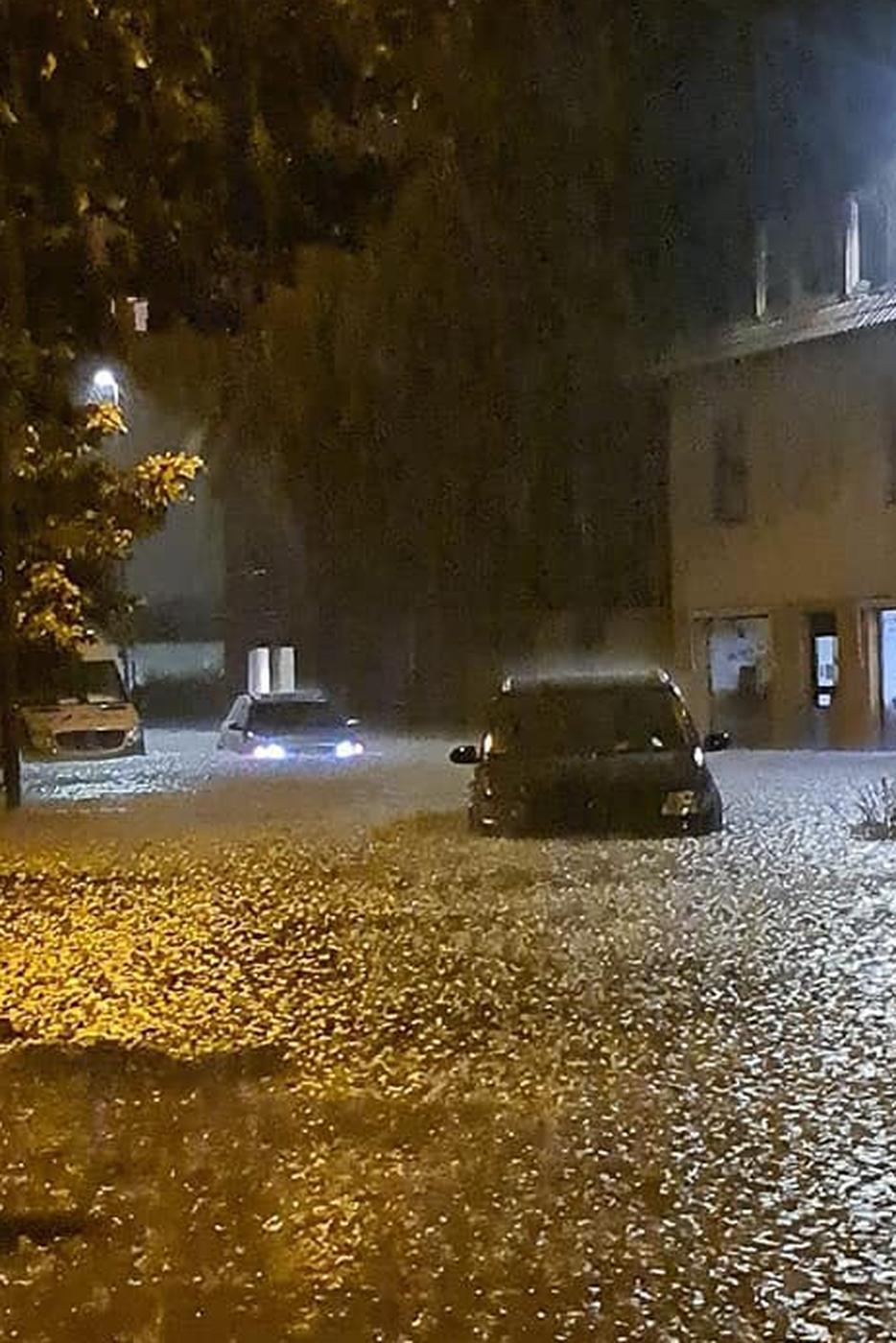 Überschwemmung in Karlsbad-Langensteinbach