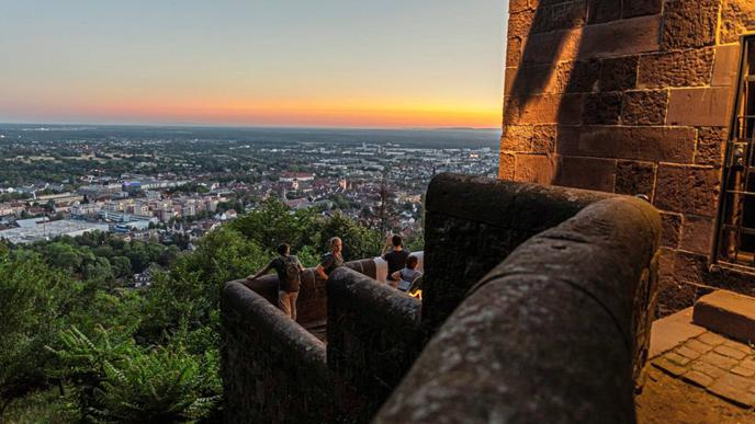 Romantische Elemente wie das Beobachten des Sonnenuntergangs sind bewusst eingeplant.