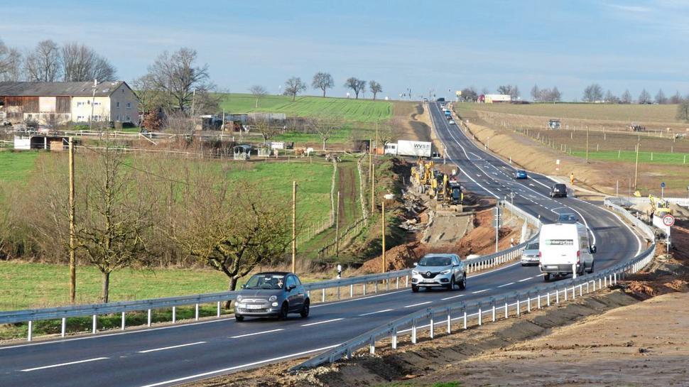 Schon zwei Stunden nach der Freigabe am Donnerstag, 19.Dezember, war der komplett neu ausgebaute Autobahnzubringer L623 ab Karlsbad-Langensteinbach schon wieder stark frequentiert.