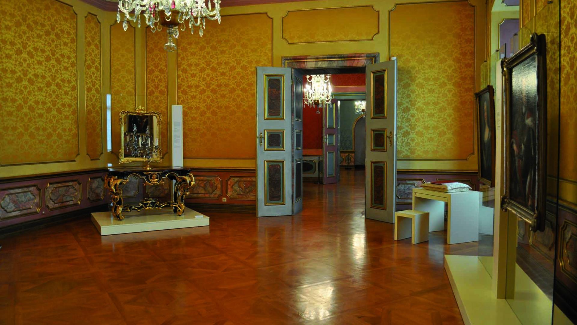 Blick in die Sammelausstellung zur Schlossgeschichte im Museum Ettlingen.