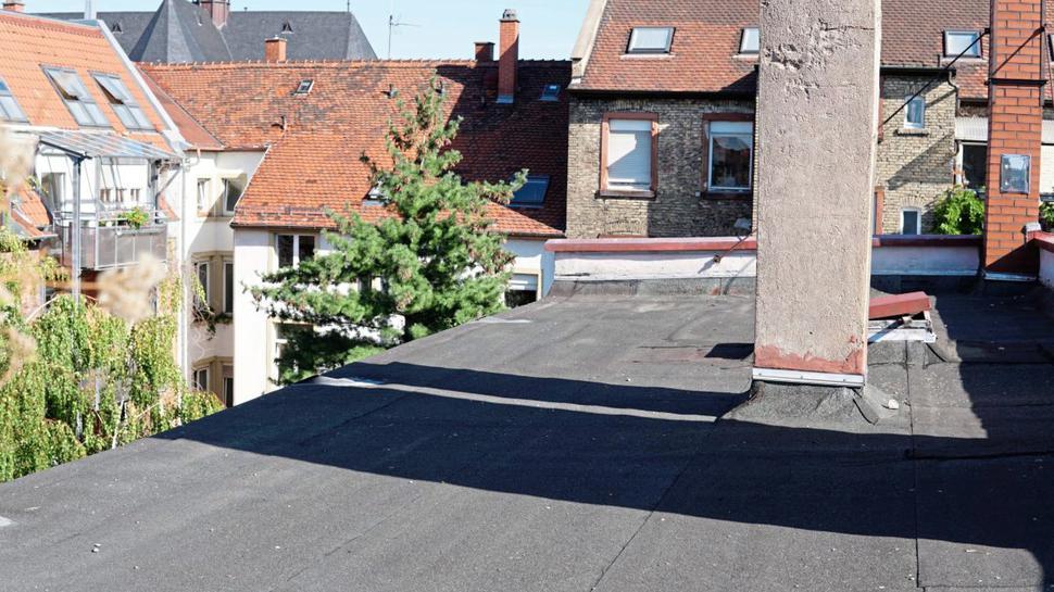 Kahle Fläche: Potential für Dachgärten haben zahlreiche Flachdächer in Karlsruhe.
