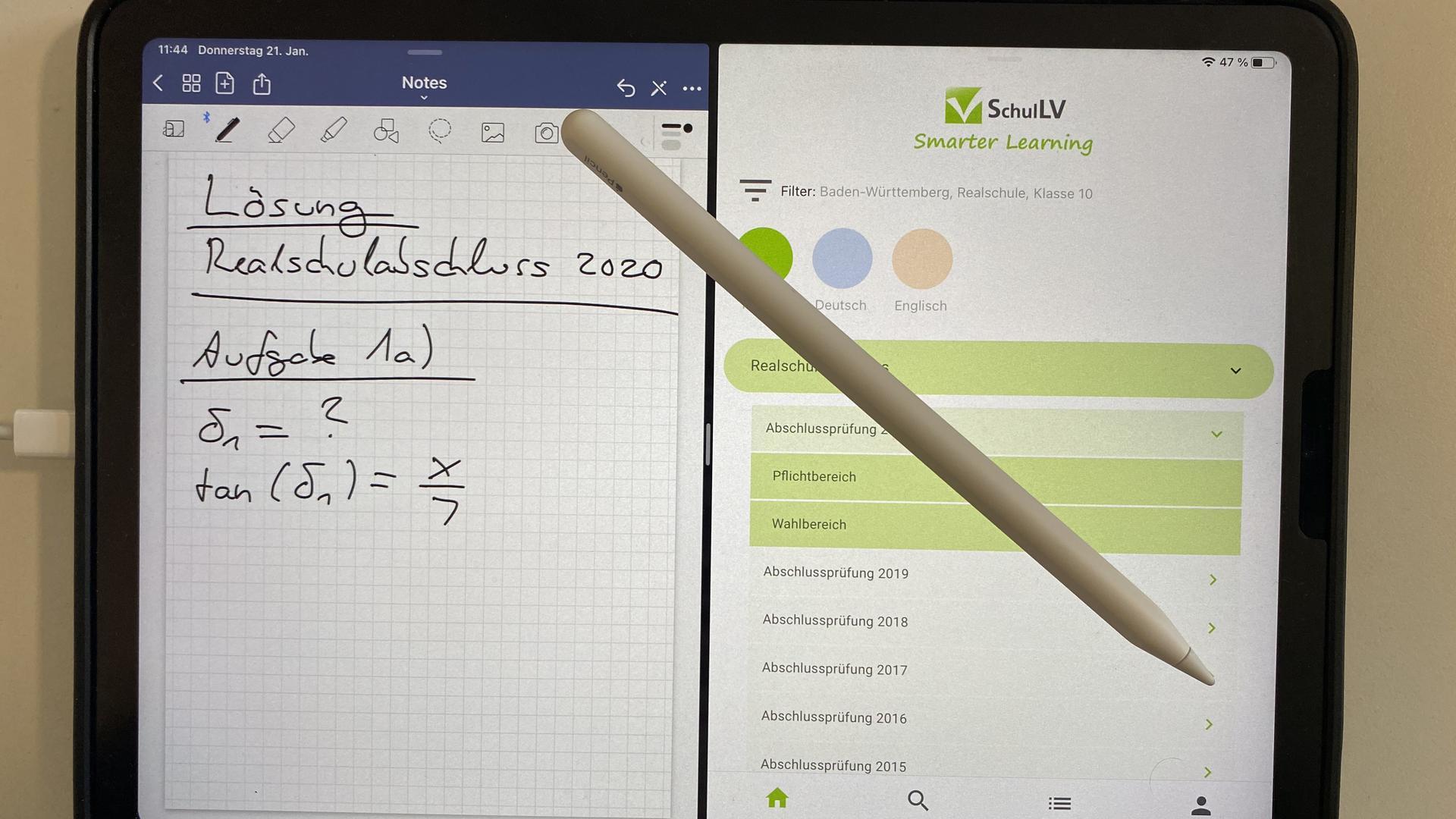 Tablet mit Schulaufgaben